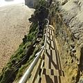 要下一段峭壁去的海灘