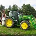 農場有很跩的農具機