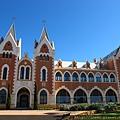 是一個西班牙殖民時期的小鎮(所以有很多西班牙歷史建築)