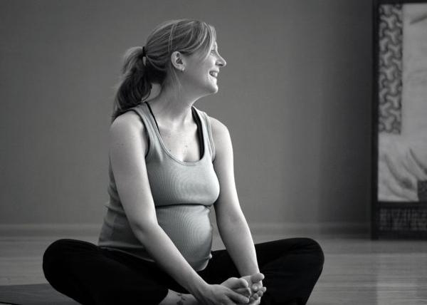 prenatal_yoga.jpg