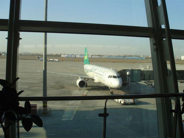 青島機場2.JPG