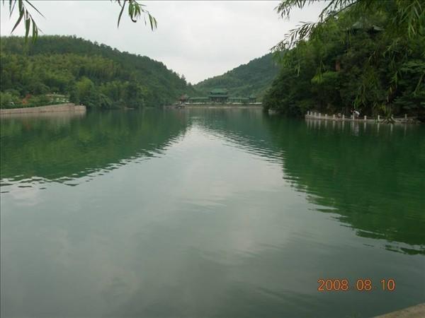 鏡湖及映竹軒.jpg