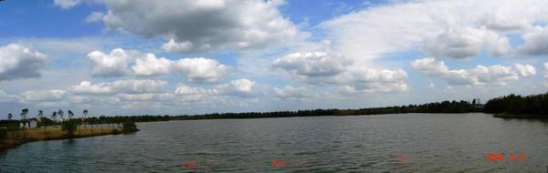 大縱湖寬景圖三.jpg