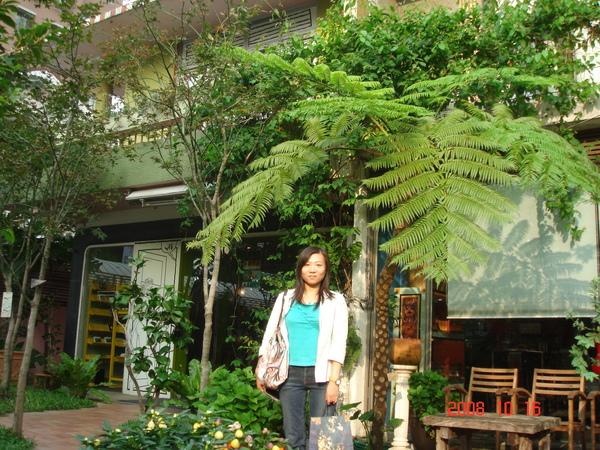 漂亮的庭院.JPG
