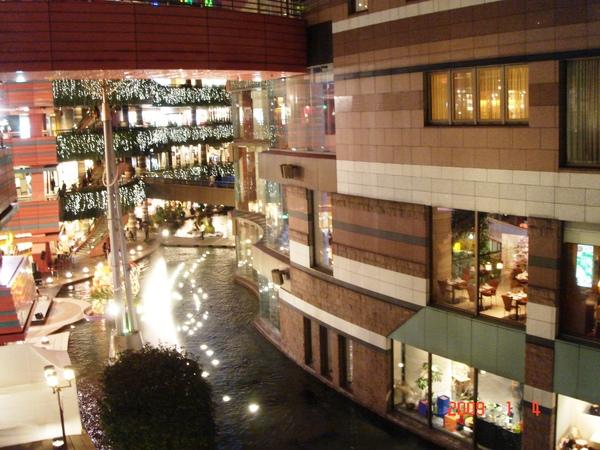 博多運河城3.JPG