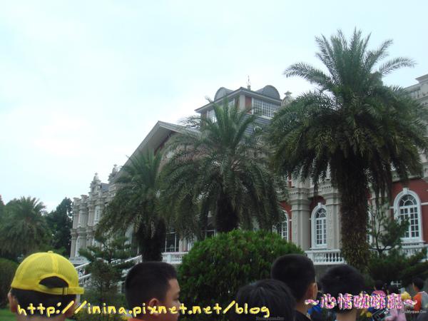 九族水沙蓮花園