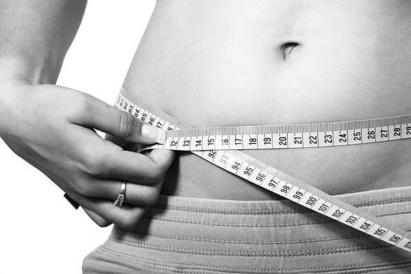 """研究:""""腰臀比例""""可以作為異性吸引力指標!  平坦小腹──讓對方願意選擇你、追求你?!──努力瘦小腹,消除大肚肚!"""
