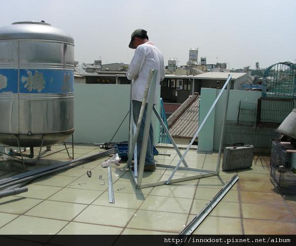 安裝太陽能熱水器1