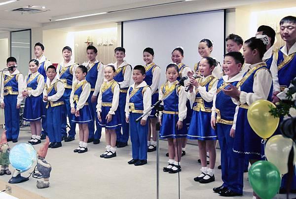 蒙古藍天兒童合唱團來台獻唱感恩之歌(台灣世界展望會提供)(4)