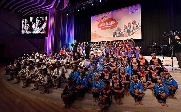 台灣兒童合唱團用歌聲傳達對資助人的感謝(台灣世界展望會提供) (3)