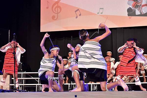 台灣兒童合唱團用歌聲唱出生命的感動(台灣世界展望會提供)  (3)