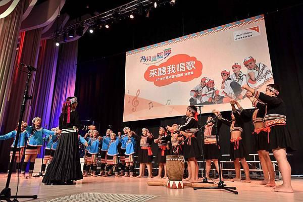 台灣兒童合唱團用歌聲唱出對資助人及捐款人的感謝(台灣世界展望會提供) (3)