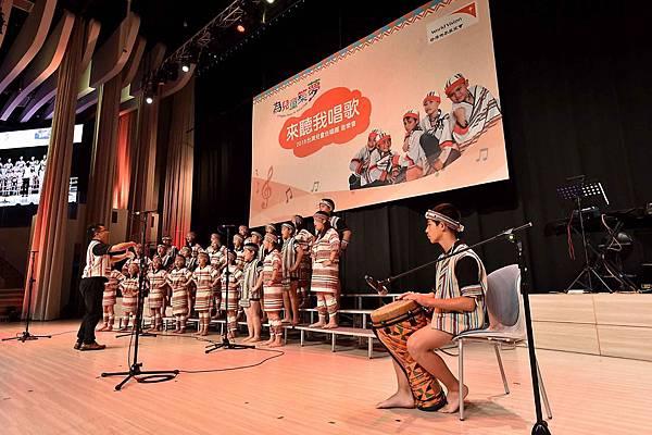 台灣兒童合唱團用歌聲唱出對資助人的感謝(台灣世界展望會提供)