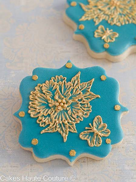 Brush embroidery peony cookie