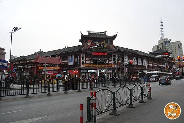 1上海1 (42)