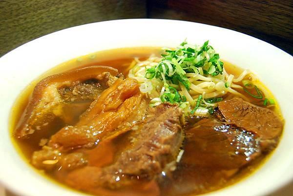 1牛肉麵 (77)