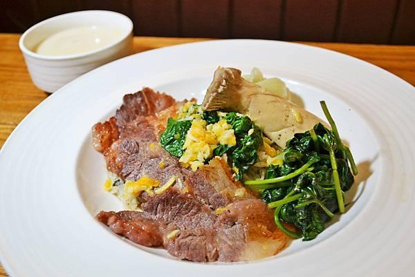 芝士簡餐咖啡館牛肉起司燉飯1