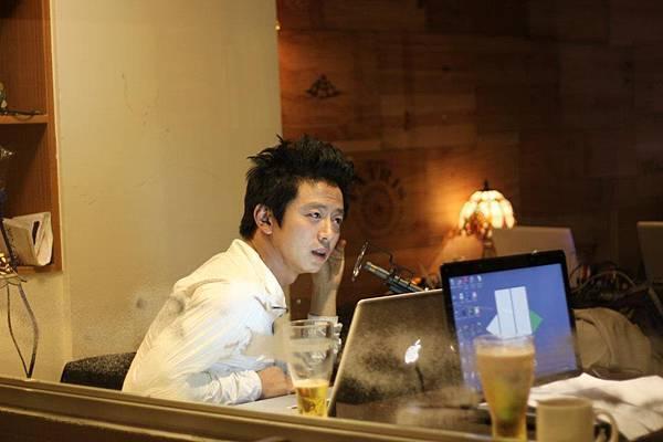 Guest: 楊俊Jun Yang