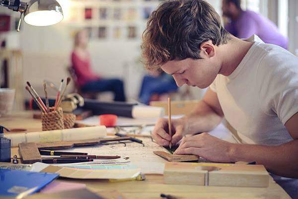 drawing_create_shutterstock_196849997.jpg