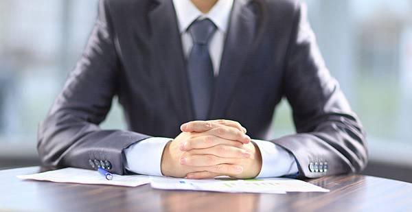hand_interview_manager_shutterstock_124871071.jpg
