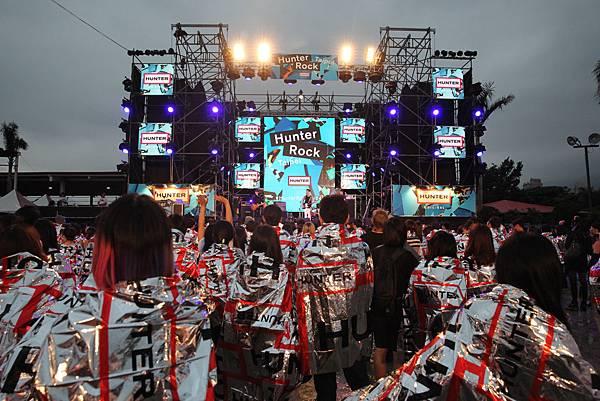 舞台全景.jpg