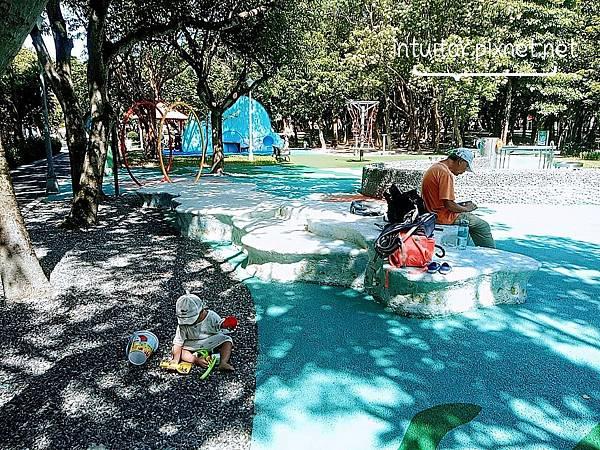 玉成公園戲水區4.jpg