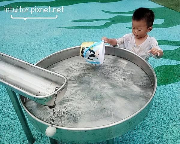 玉成公園戲水區15.jpg