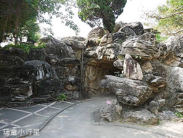 武承恩公園2.JPG