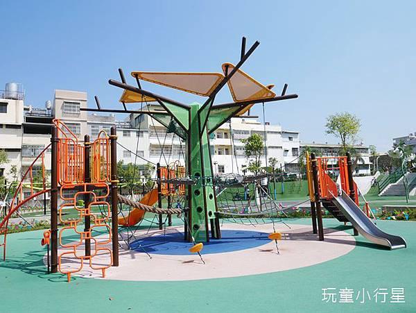 和平公園3.JPG