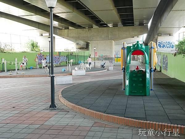 中彰運動公園3.JPG