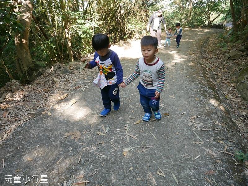 烏山步道龍麟山5.JPG