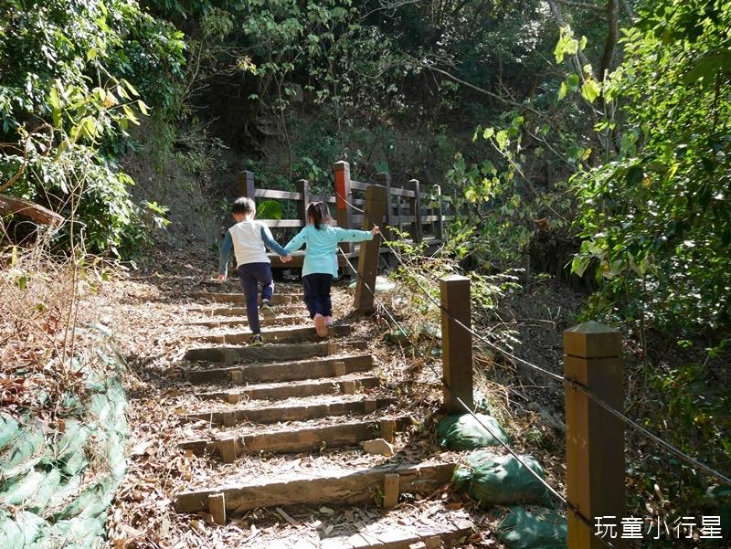 烏山步道龍麟山11.JPG