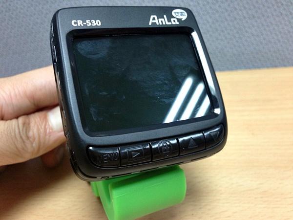 2.4 吋預覽螢幕 安啦 CR530 行車記錄器.jpg