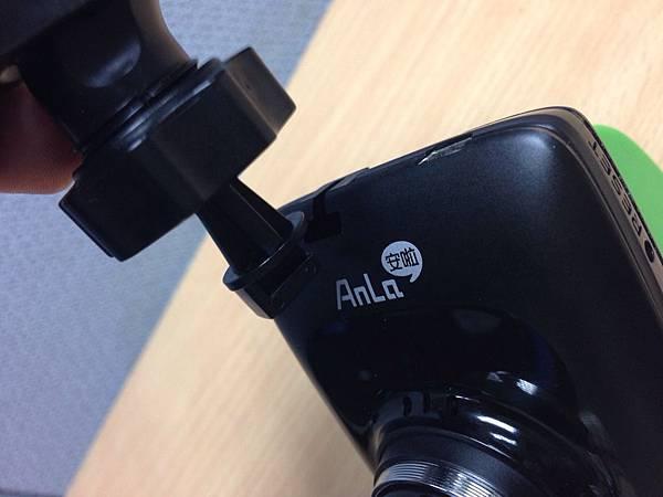 吸盤架 安啦 CR530 行車記錄器.jpg