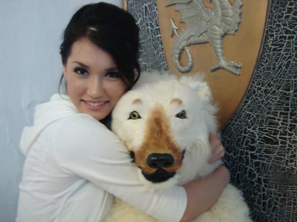 小澤瑪莉亞的熊抱