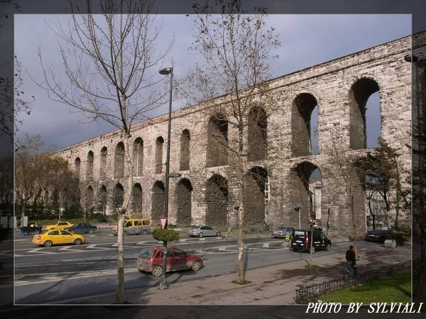伊斯坦堡-水道橋01.jpg