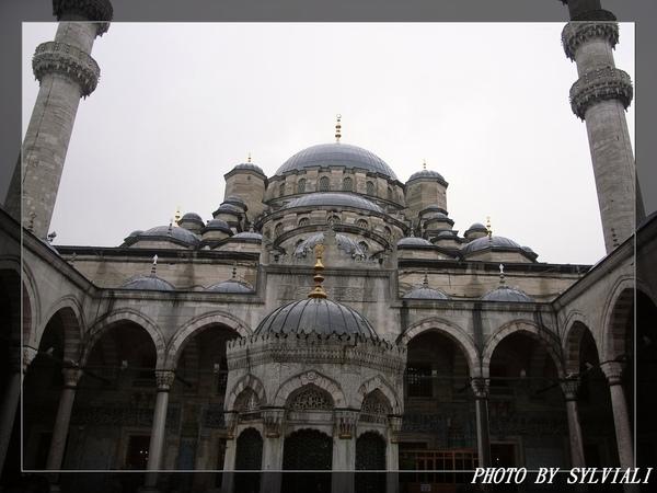 伊斯坦堡-耶尼清真寺02.jpg