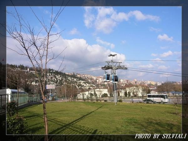 伊斯坦堡-耶普纜車01.jpg