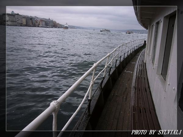伊斯坦堡-博斯普魯斯海峽01.jpg
