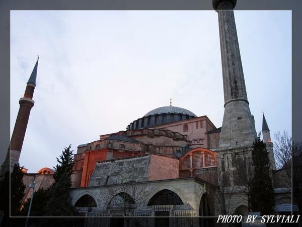 伊斯坦堡-聖蘇菲亞教堂01.jpg