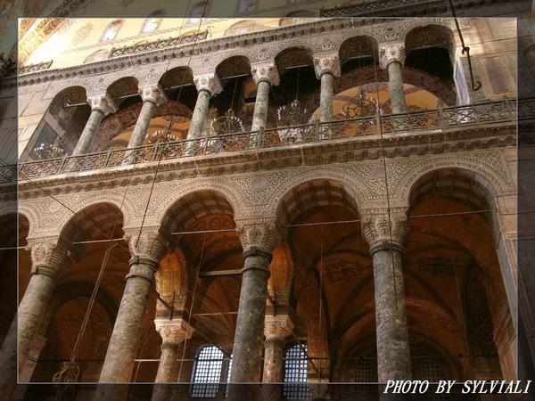 伊斯坦堡-聖蘇菲亞教堂04.jpg