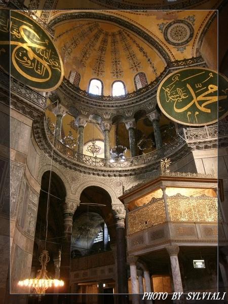 伊斯坦堡-聖蘇菲亞教堂05.jpg