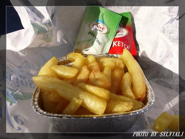 速食店-很油的薯條.jpg
