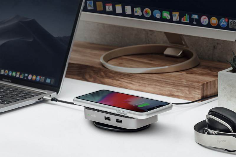 "moshi 與眾不同的 USB-C 多功能擴充基座""Symbus Q """