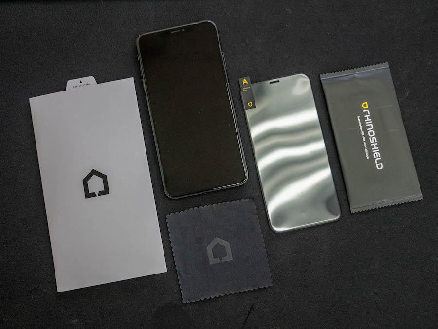 【開箱】犀牛盾 RhinoShield 3D壯撞貼 - 撞不破的手機保護貼!