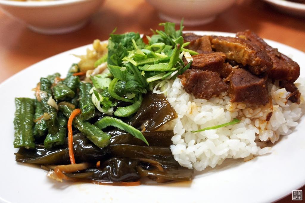 黃記魯肉飯8416.jpg