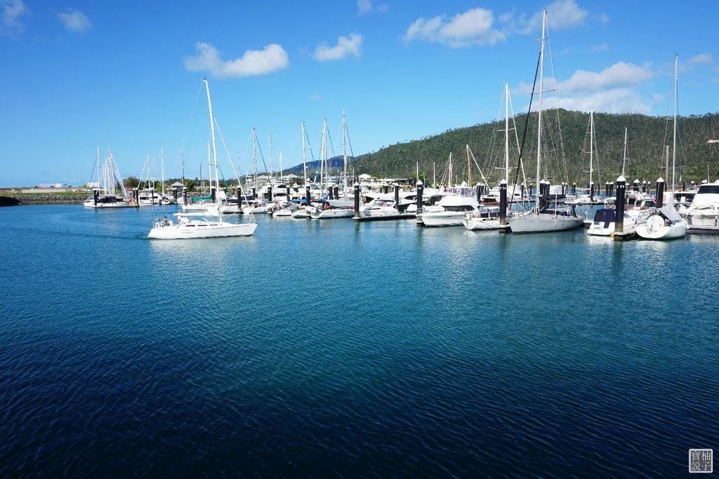 Port of Airlie 8811.jpg