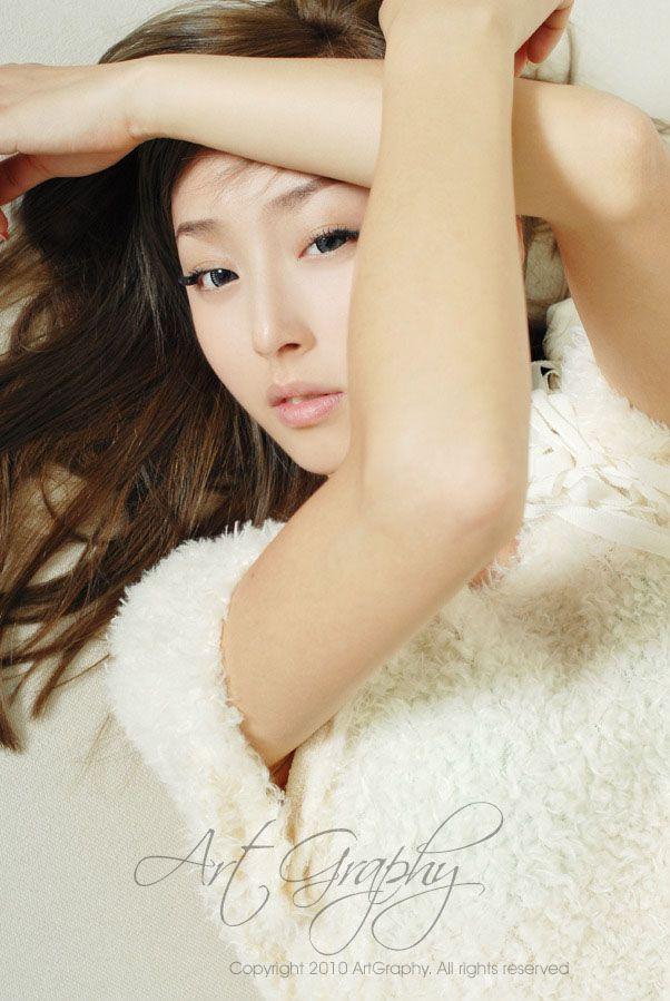 性感美女刘诗璇美臀娇嫩柔情惹人疼爱