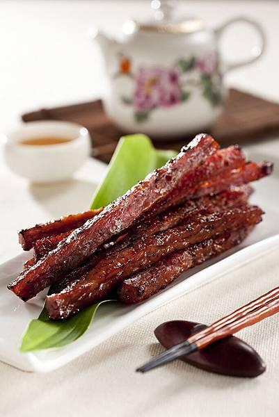 〈黑胡椒松板厚切〉愛不是手肉乾_超人氣團購美食推薦肉干