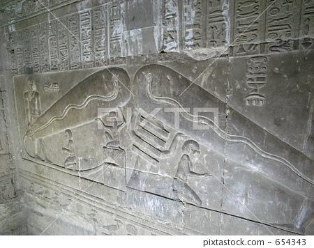 阿布辛貝雙神殿12.jpg